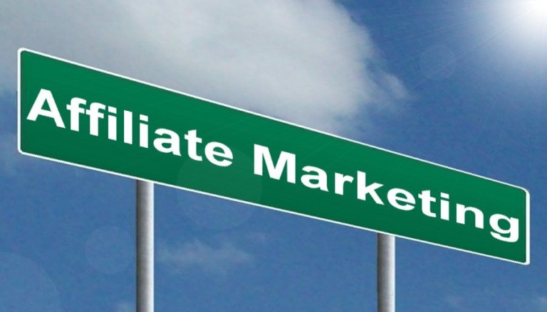 Hvordan tjener man penge på affiliate marketing?